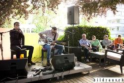 Joan Pau Cumellas & Miguel Talavera (ES) spielen anlŠsslich des Bluesfestival 2016 im Garten des Hotel Du Parc in Baden.  Joan Pau Cumellas (harp), Miguel Talavera (guitar, dobro). © bildraus.ch, Rolf Jenni, Fotograf, Industriepark Asp, Joosaeckerstrasse 12, 8957 Spreitenbach. Handy: 079-715 65 50  E-Mail: info@bildraus.ch  Web: www.bildraus.ch