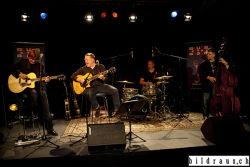 Die Richie Arndt Acoustic Band (DE) spielt anlŠsslich des Bluesfestival 2016 in der Stanzerei in Baden. Richie Arndt (voc, guitar, dobros), Gregor Hilden (guitar), Jens-Ulrich Handreka (b), Frank Boestfleisch (drums, backing vocals). © bildraus.ch, Rolf Jenni, Fotograf, Industriepark Asp, Joosaeckerstrasse 12, 8957 Spreitenbach. Handy: 079-715 65 50  E-Mail: info@bildraus.ch  Web: www.bildraus.ch